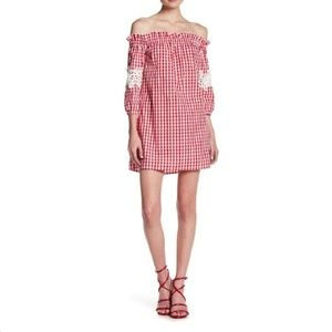 Romeo & Juliet Couture Off-the-Shoulder Dress